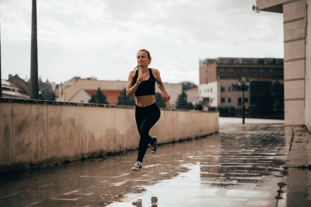 setting goals and getting out to run in the bad weather